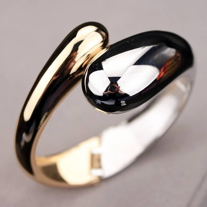 JEWELICIOUS – Fashion Statement Open Bangle Clearance Bracelets Type: Bangles