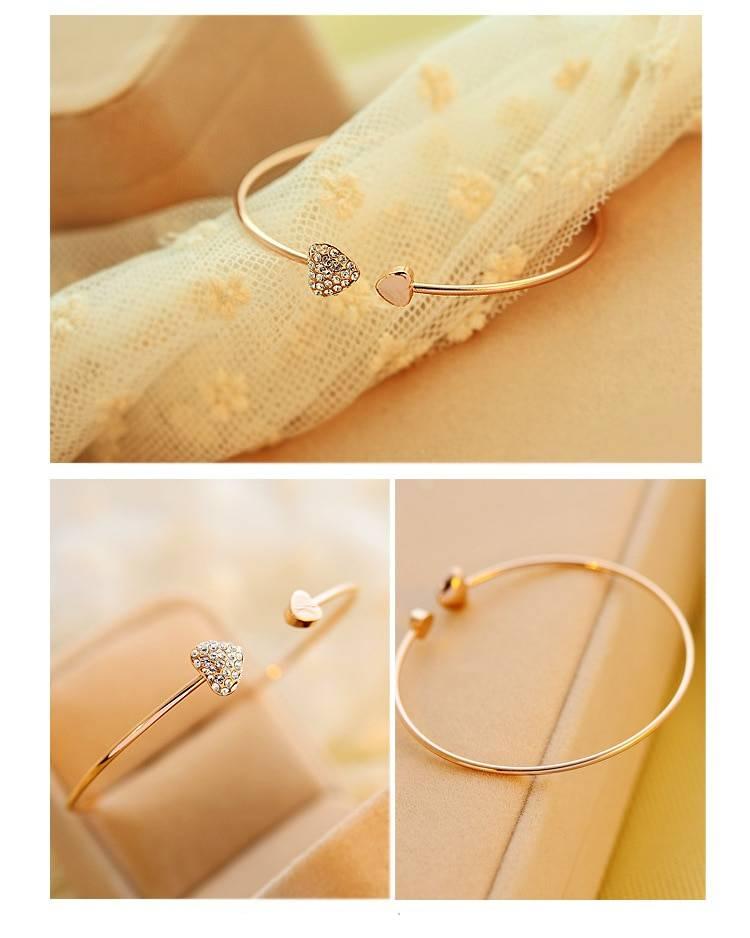 Women's Heart Shaped Bracelet