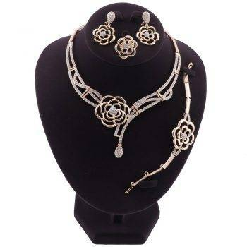 KAIRA – Pretty Flower-Shaped Dubai Wedding Jewellery Set Wedding Jewellery Set 8d255f28538fbae46aeae7: Gold|Silver