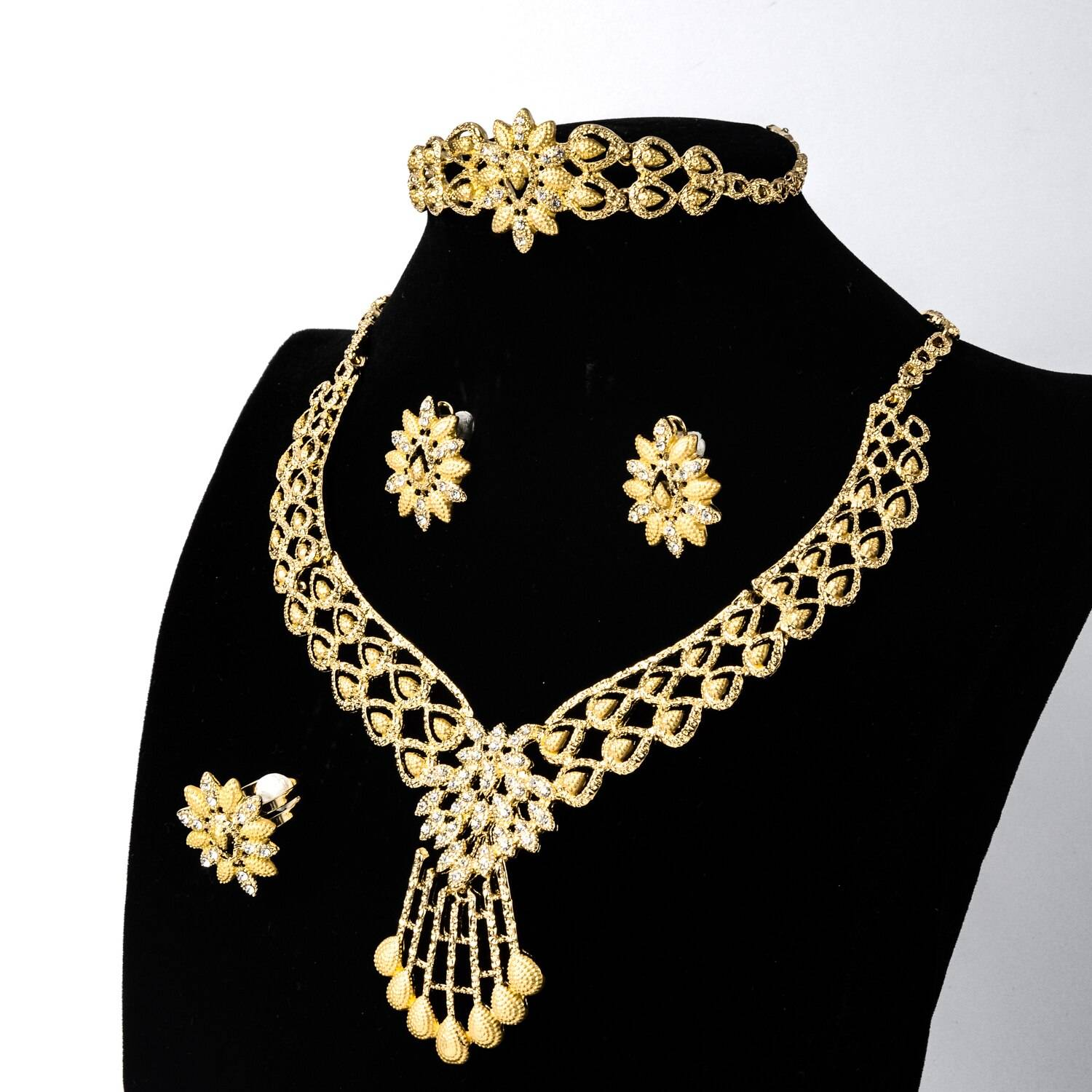 Sunny Jewelry African Dubai New Hot Sale Gold Planted Bridal Wedding Set Earrings Necklace Bangle Ring For Women Classic Party Wedding Jewellery Set 8d255f28538fbae46aeae7: Jewelry Sets